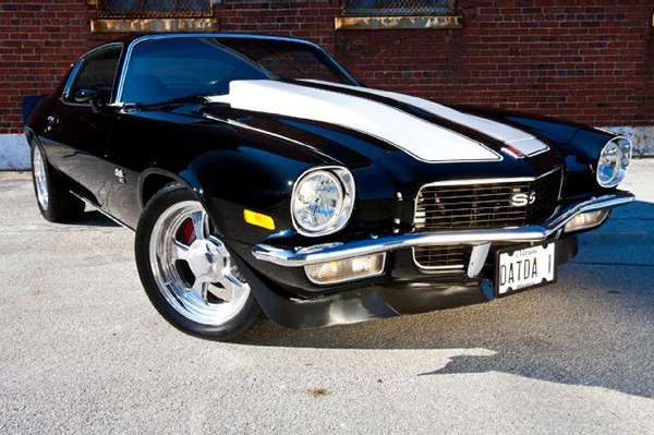 pic-5-1971-camaro-front-three-quarter-from-super-chevy